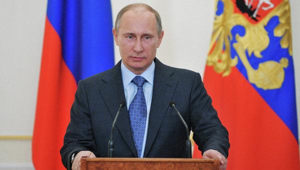 Мастер навсе руки: Путин похвастался удостоверением плотника