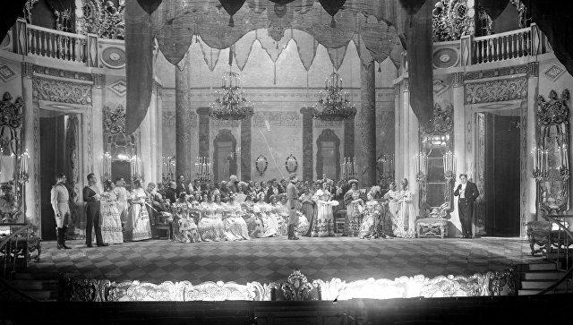 100-летие премьеры спектакля «Маскарад» впостановке Всеволода Мейерхольда отметят вПетербурге
