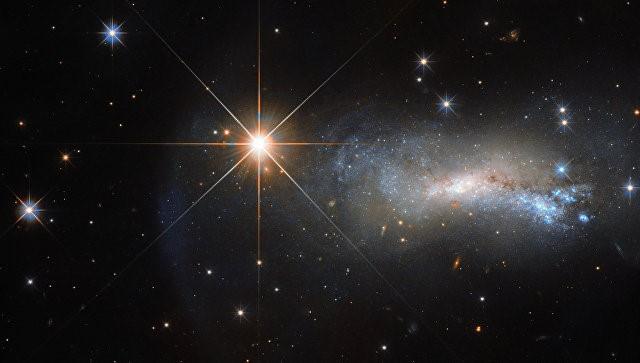 «Хаббл» сделал удивительное фото галактик к своему 27-летию