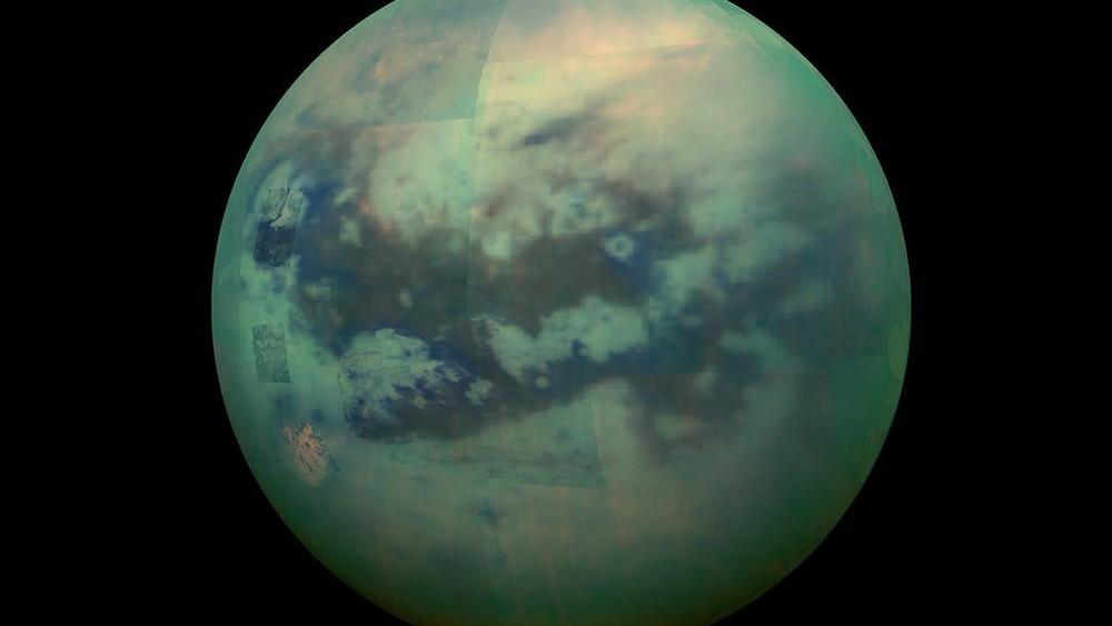 На Титане нашли аналог клеточных мембран