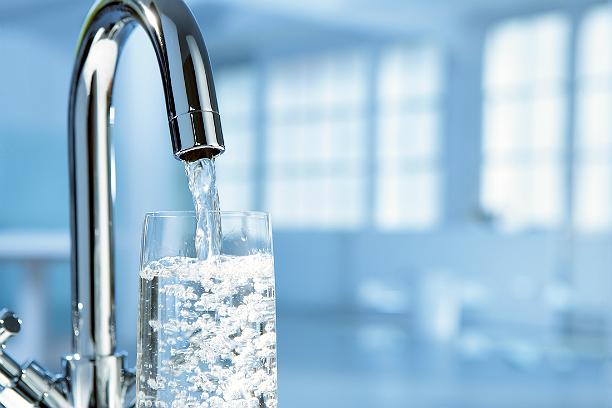 Вода вПетербурге самая чистая— Роспотребнадзор