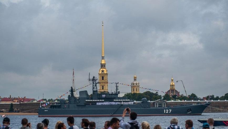 Санкт-Петербург: неменее 40 военных кораблей будут задействованы вГлавном военно-морском параде