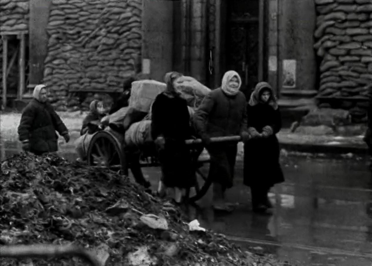 Голодные дети блокадного ленинграда фото