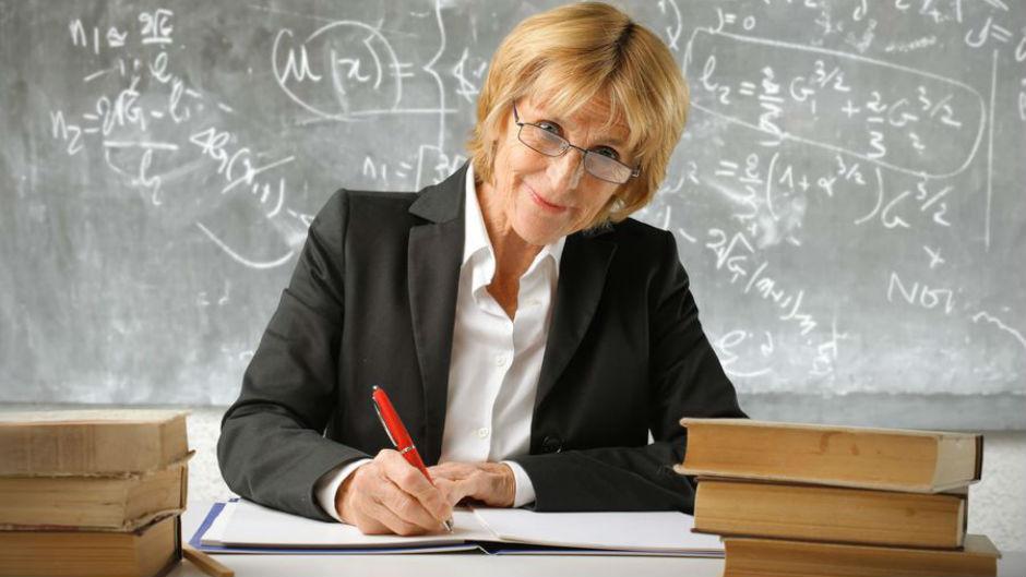 Акция «Любимый педагог» стартовала сегодня ввологодских школах